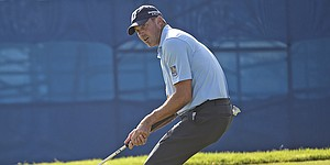 Matt Kuchar still comfortable with his inventive style of putting
