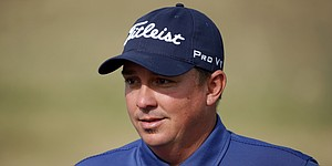 Dufner continues to lead, but Lovemark, Hadwin and Mickelson lurk
