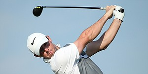 Rory McIlroy moves into contention in Abu Dhabi