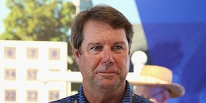 Paul Azinger to replace Greg Norman as lead golf analyst for Fox Sports