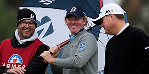 Snedeker's score holds up in windy Monday finish at Torrey Pines