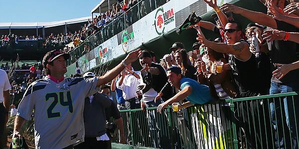 TPC Scottsdale's Stadium Course welcomes raucous environment to PGA Tour