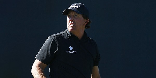 Mickelson works TPC Scottsdale magic to move up Phoenix Open leaderboard
