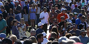 Phoenix Open sets Tour attendance record Saturday at TPC Scottsdale