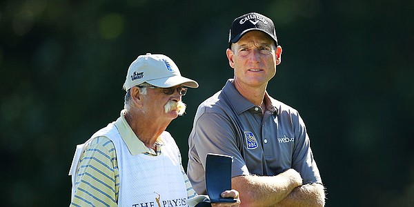 With Furyk on DL, Cowan to carry bag for Kim at Pebble Beach