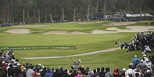 Among veteran Tour pros, Riviera's drivable 10th rates a perfect 10 for drama