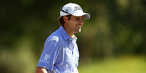Still battling wrist injury, Peter Uihlein cards 65 to lead Perth International