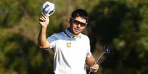 Louis Oosthuizen leads by three heading into final round in Perth