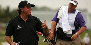 Mickelson starts well and finishes better in first round at WGC-Cadillac Championship
