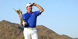 Scott Hend learns from past mistakes, wins in Thailand for second Euro Tour title