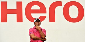 Terry Pilkadaris uses second-round 64 to take lead at Hero Indian Open