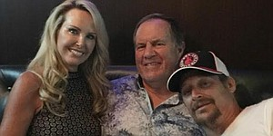 Bill Belichick and Kid Rock enjoy a night at Tiger Woods' restaurant