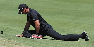 Back injury no problem for Jason Day as Aussie dominates Thongchai Jaidee