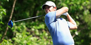 Rory McIlroy outlasts Kevin Na in 20 holes to advance in Match Play