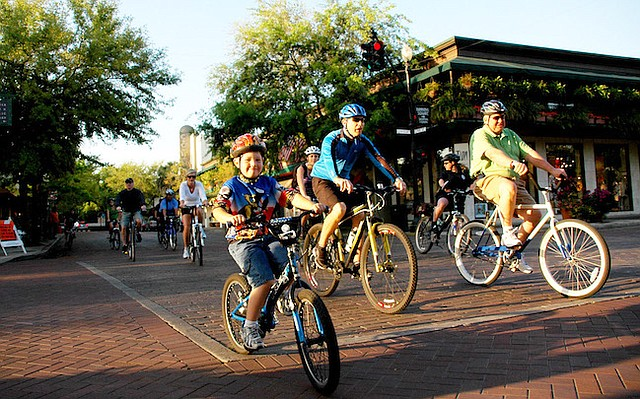 Safer bike routes and more ways to get around on foot have been praised by policy makers.